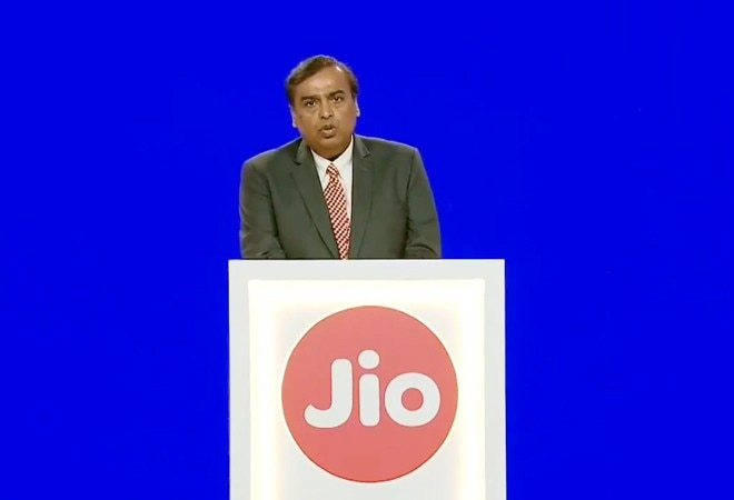 'AGR verdict no threat to sector; Airtel, Voda Idea can bear the blow': Reliance Jio tells telecom minister