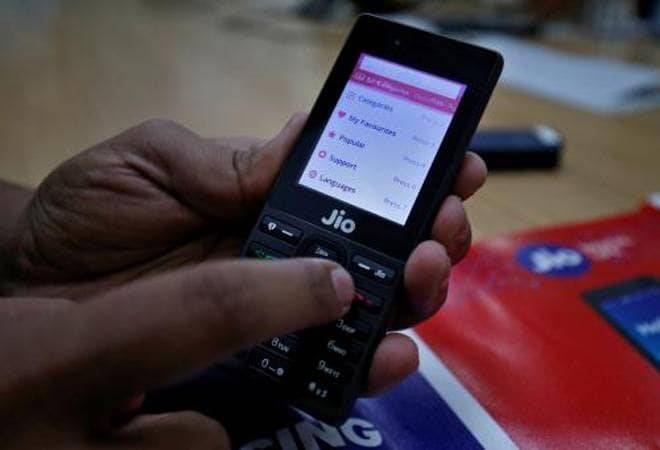 Forget JioPhone 3; Mukesh Ambani may jazz up original JioPhone and lower prices to revive sales
