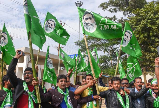 Jharkhand Election Results 2019: JMM-Congress-RJD alliance wins with 47 seats; BJP loses another state