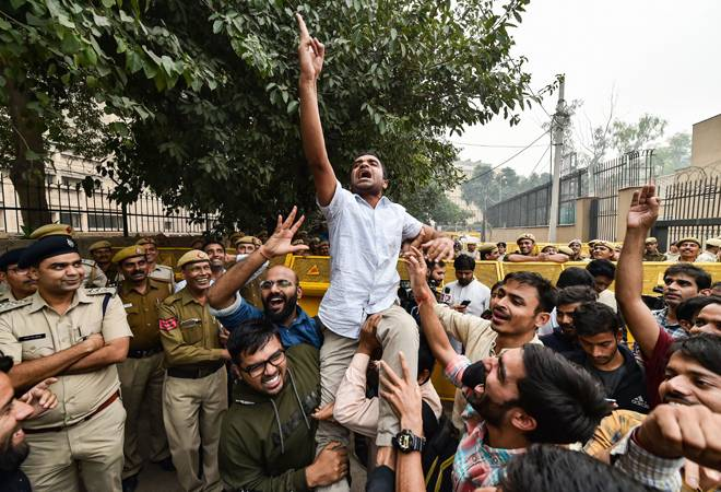 JNU protests: Students take out demonstration march, traffic hit in South Delhi