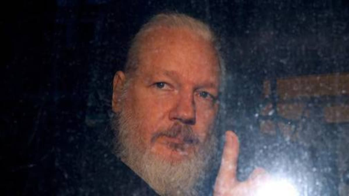 WikiLeaks founder Julian Assange sought European, Asian hackers ...