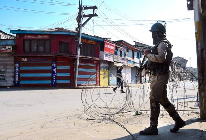 Kashmir shutdown has amounted to losses over Rs 10,000 crore, says trade body