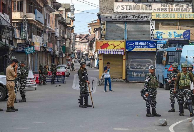 Kashmir unrest: restrictions reimposed in parts of Srinagar after incidents of violence