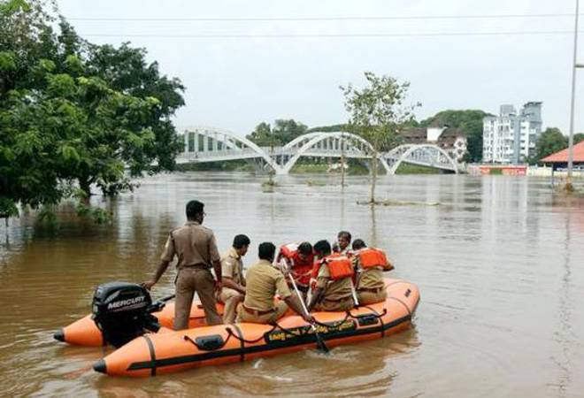 Kerala floods LIVE updates: Death toll mounts to 324, over 2 lakh shifted to relief camps