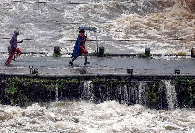 Kerala rains: Kochi International airport suspends operations till August 11 due to flood