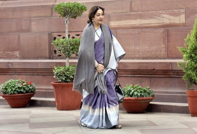 Lok Sabha Election Results 2019: BJP's Kirron Kher leads in Chandigarh, Pawan Bansal trails