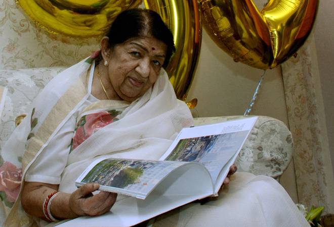 Singer Lata Mangeshkar in ICU, family says she is recovering