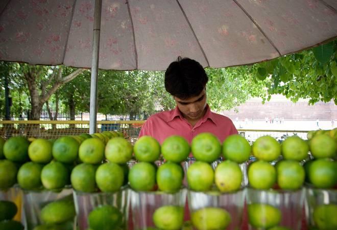 Central Railway bans lemon juice, 'kalakhatta', other syrup-based drinks in Mumbai stations