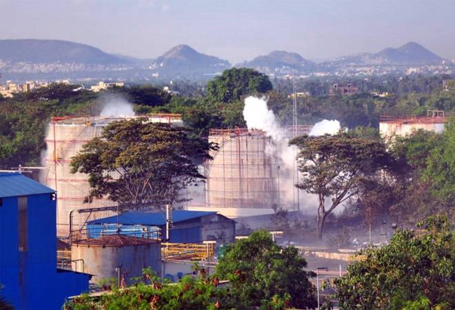 Vizag gas leak: AP HC orders seizure of LG Polymers' premises; bars directors from leaving India Andhra Pradesh High Court has ordered the state government to seize premises of LG Polymers chemical plant located at Visakhapatnam from where the leakage of