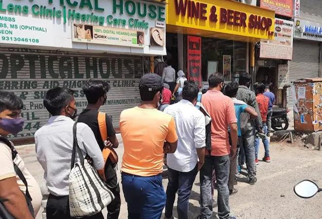 Delhi Lockdown Announcement: Will liquor shops remain closed?