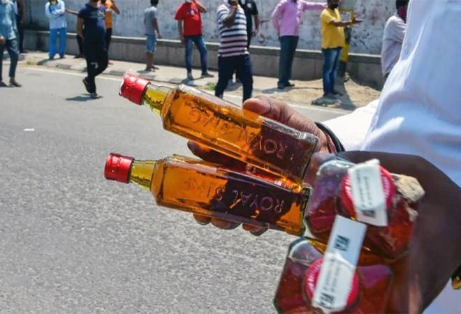 Delhi to scrap special corona fee on alcohol but prices to remain high