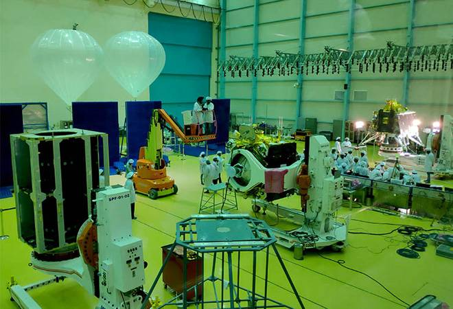 India is all set for moonwalk on July 15; land rover on the lunar