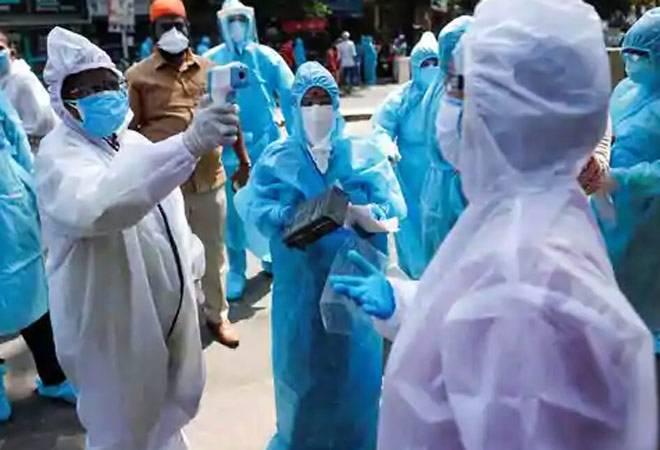 Coronavirus cases cross 33,000-mark, 67 deaths in 24 hours