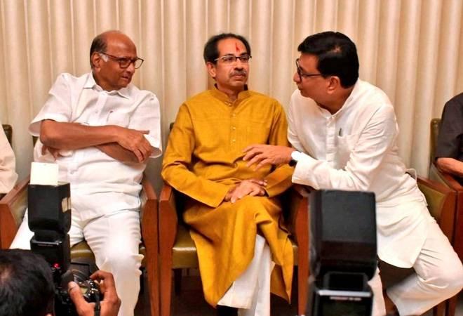 Maharashtra govt formation LIVE updates: Shiv Sena to invite PM Modi, Amit Shah for Uddhav Thackeray's swearing-in ceremony