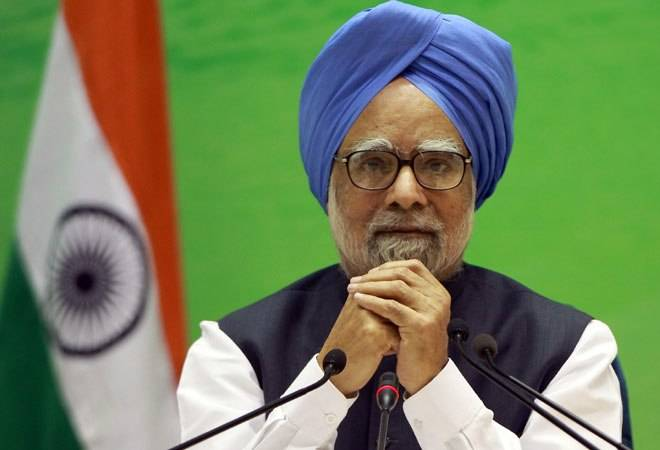 Manmohan Singh writes to PM Modi on COVID-19 crisis, stresses on ramping up vaccinations