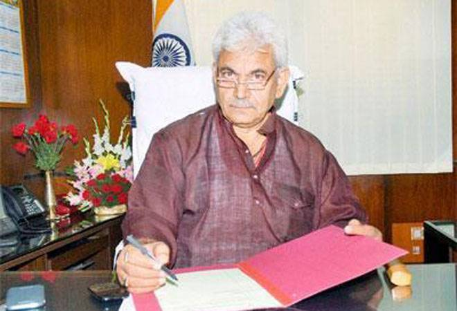 LG Manoj Sinha announces Rs 1,350 cr economic package to help business community in J&K