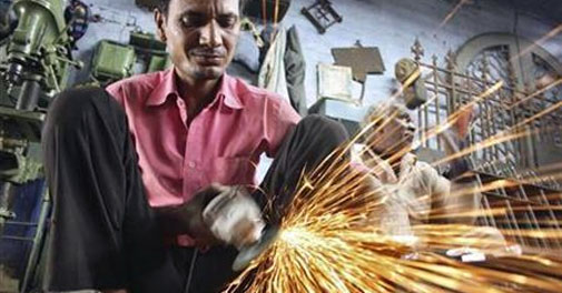 Govt eyes first overhaul of labour laws in decades