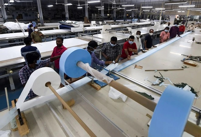India's manufacturing PMI improves slightly; reaches 55.5 in April