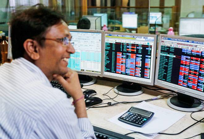 Samvat 2072: Largecap stocks flopped, midcaps made investors merry for third year in a row