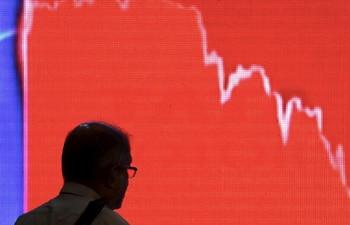 Rebooting Economy 38: What makes stock market and billionaires immune to coronavirus pandemic?