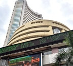 Mcap of 7 of top-10 companies jumps over Rs 1.40 lakh crore; RIL biggest gainer