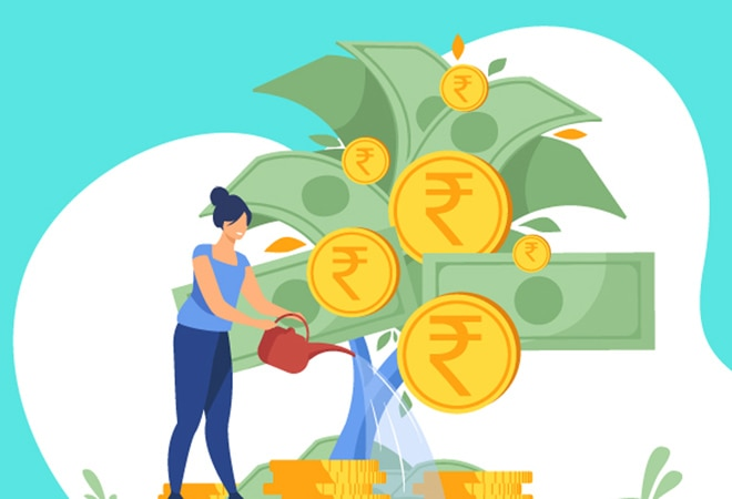 Ask The Expert: How to earn Rs 1.5 crore by investing Rs 7,000 per month in mutual funds?