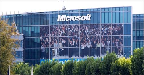 Two Microsoft executives to leave company