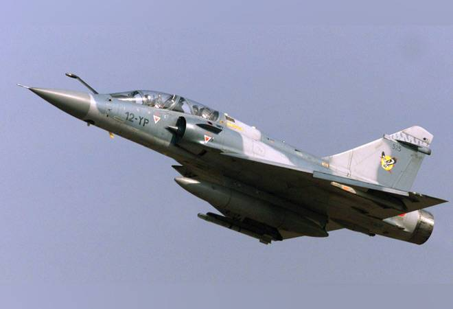 IAF scrambled Mirage, Sukhoi jets last night to fight off Pakistani F-16s near Punjab border