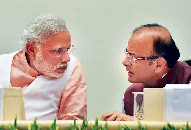 Prime Minister Narendra Modi (L) with Finance Minister Arun Jaitley