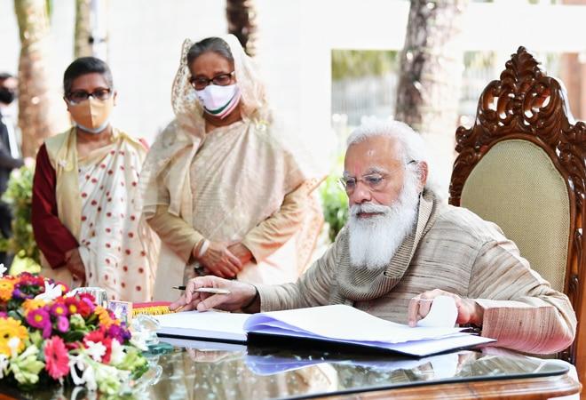 PM Modi pays homage at Bangabandhu Mausoleum, visits Bangladesh's Kali Shaktipeeth on Day 2