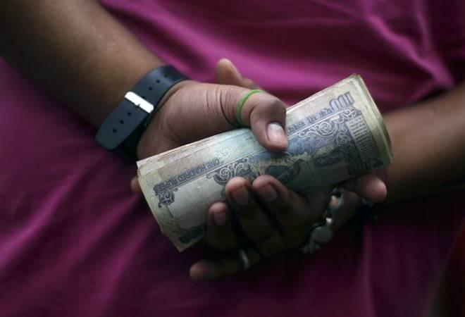 Deposits in Jan Dhan accounts cross Rs 1 lakh crore