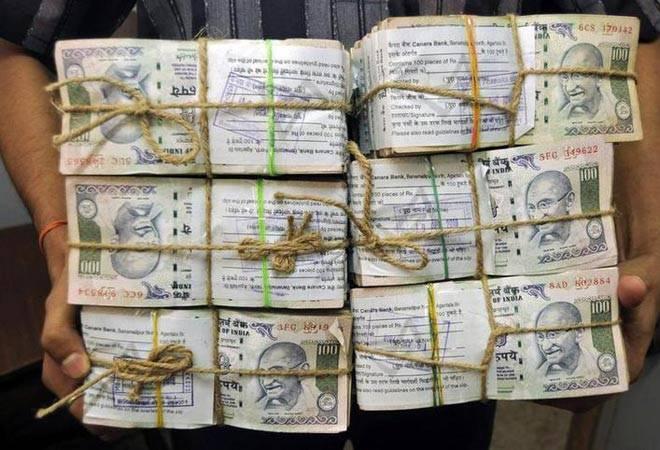 Black Money: 54 chartered accountants,company secretaries under I-T scanner in New Delhi