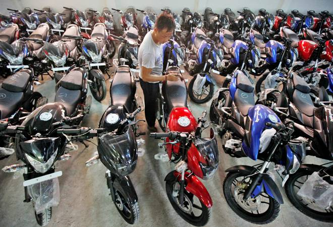 NITI Aayog, Heavy Industries Ministry differ over levy on two-wheelers to subsidise EVs