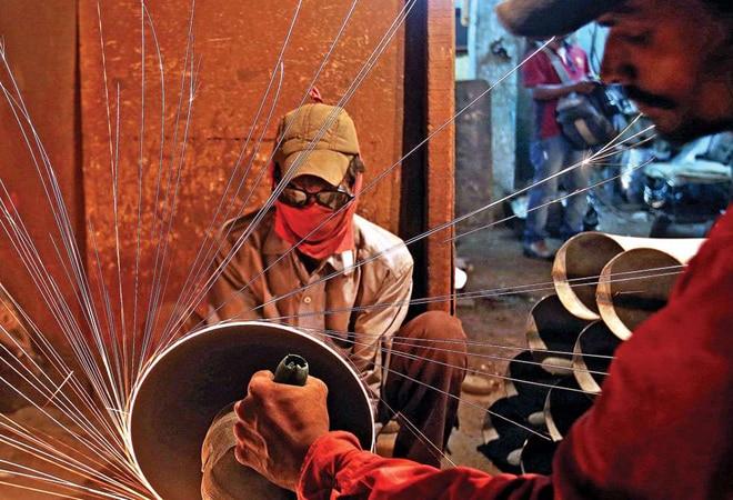 2,395 companies shut down in Delhi in Apr 2020-Feb 2021; 1,936 in UP, 1,322 in Tamil Nadu