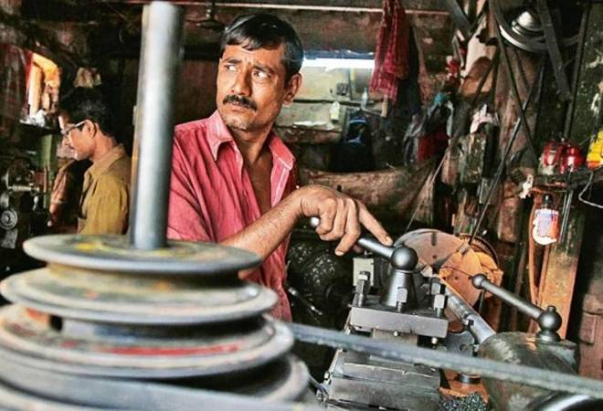 Climate change may hurt Indian manufacturing sector due to heat stress on workers