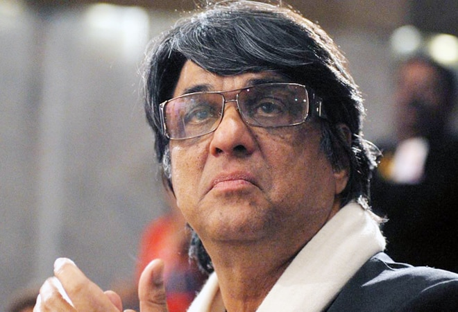 'Shaktimaan, be sorry!': Twitter lambasts Mukesh Khanna for sexist comments on MeToo movement