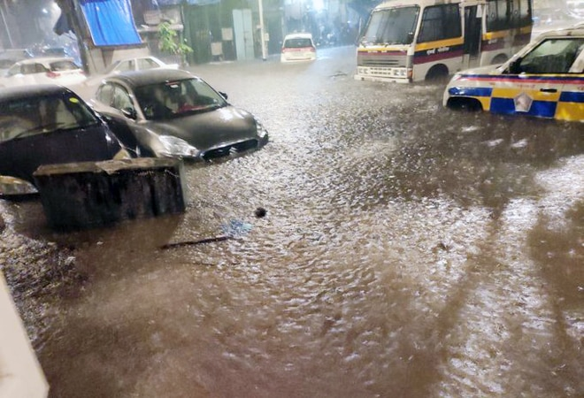 Mumbai rain: Transport services hit; BMC declares holiday for private, government offices
