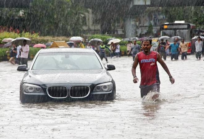 Mumbai rains: IMD predicts more showers on Tuesday; flights delayed