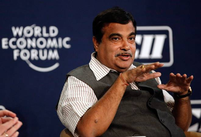 One who can't manage his home, can't manage the country: Nitin Gadkari