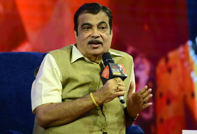 Tap foreign funds at cheaper rates to finance projects, Nitin Gadkari to developers