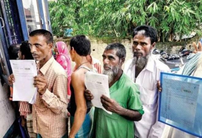 SC asks Assam govt to explain complaints of communal statements by state NRC coordinator