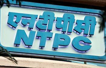 NTPC keen to buy majority stake in Reliance Group's Delhi power distribution units