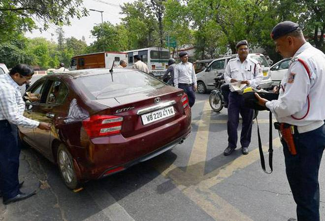 Odd-even rule: Delhi Police plans to step up checks from next week amid compliance issues