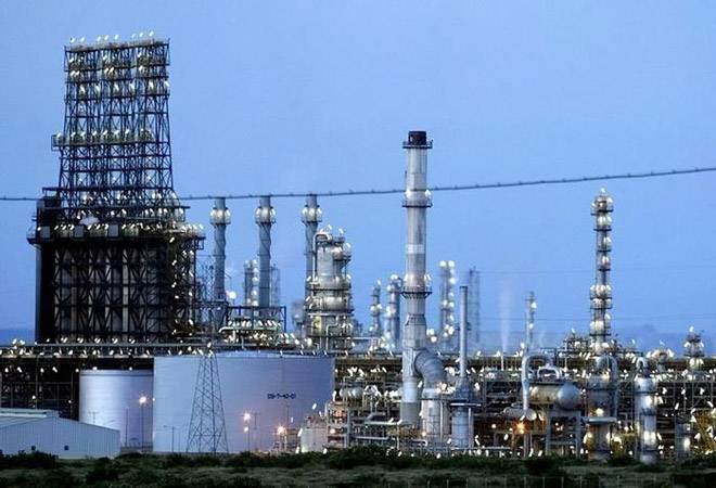 Maharashtra to allocate land for India-UAE-Saudi Arabia oil refinery