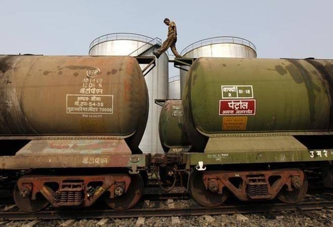 Iran becomes India's second-biggest oil supplier, ahead of Saudi Arabia