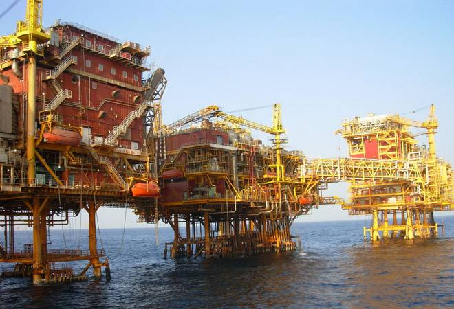 'Cheaper than water' crude oil wasted on India - storage is to blame