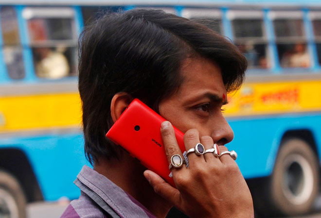 Subscribers owe Rs 3,407 crore to BSNL and MTNL