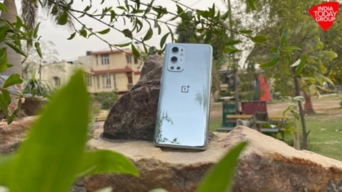 OnePlus 9 Pro users complain of overheating issue, say camera app triggers it