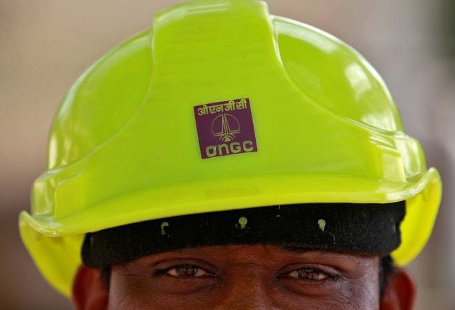 Petroleum Ministry orders ONGC to sell oilfields; hive off operations