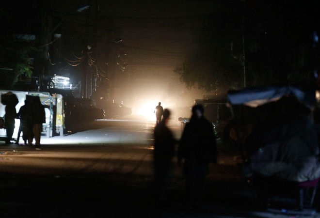 Power supply back in some Pakistan cities after hours of blackout